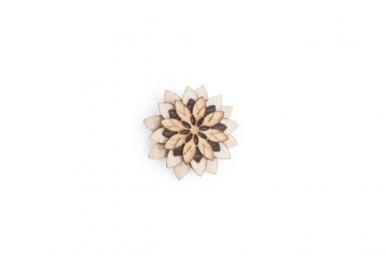 BeWooden - Lapel ornament Bellis Flower for men