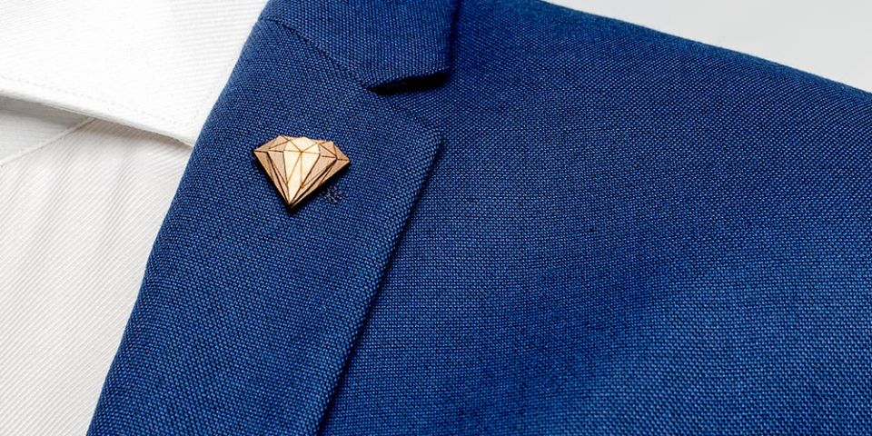BeWooden - Lapel ornament for men Diamond Lapel on model