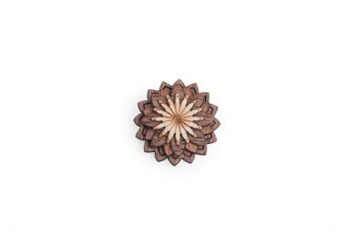 BeWooden - Lapel ornament Lynx Flower for men