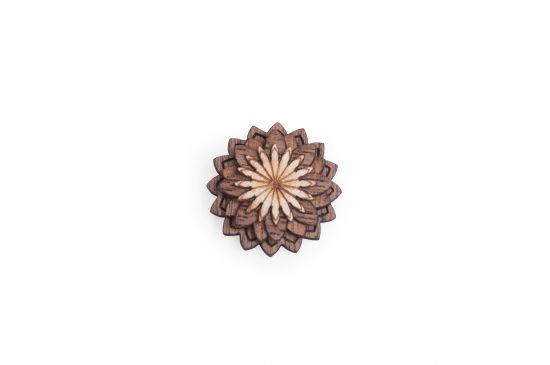 Lapel ornament Lynx Flower for men