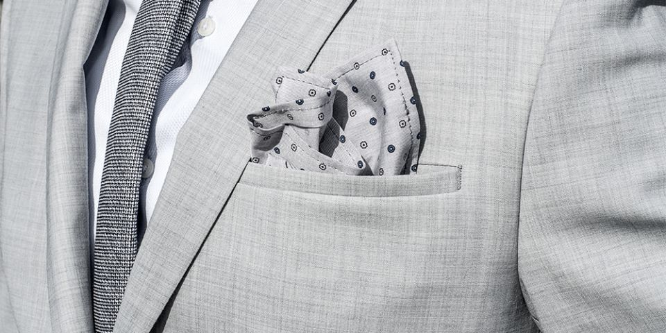 BeWooden - Man in a gray jacket with Blue Dots pocket square