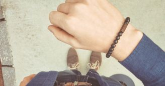 BeWooden - Functionality: BeWooden Bracelet is an accessory that tells a story