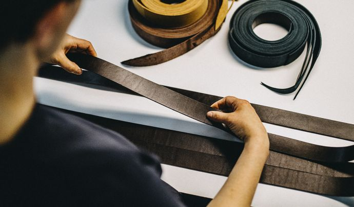 Genuine cow leather for the BeWooden belt