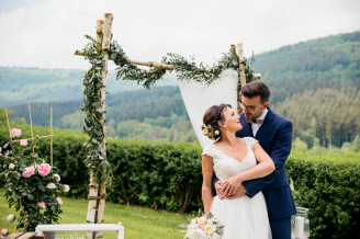 BeWooden - 5 ways how to make your wedding more sustainable