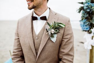 The groom outfit in vintage style