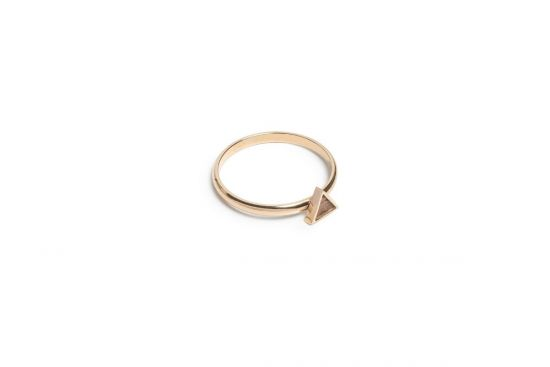Aurum Triangle Ring