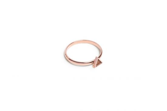 Rea Triangle Ring