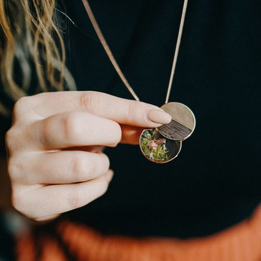 BeWooden - Elegant medallion