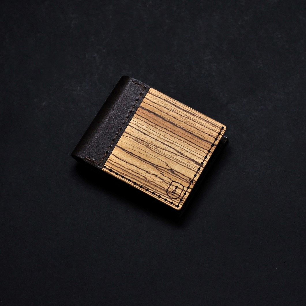 product_wooden_wallet_lineari