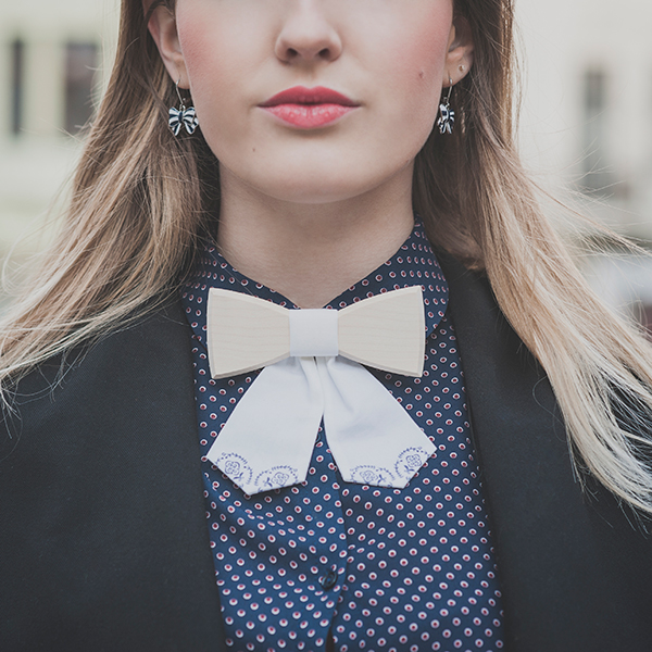 product_wooden_bow_tie_ladies_viola