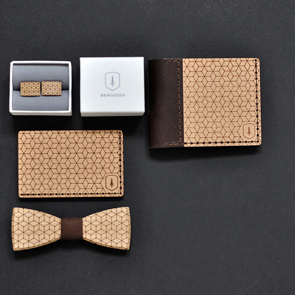 product_man_wooden_bowtie_virie_and_wooden_wallet_virie_and_wooden_cufflinks_virie_cuff_and_cardholder_virie_note